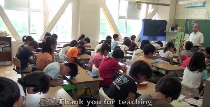 Удивительная столовая в Японии – со скрытой камерой, которая показывает будни школьников